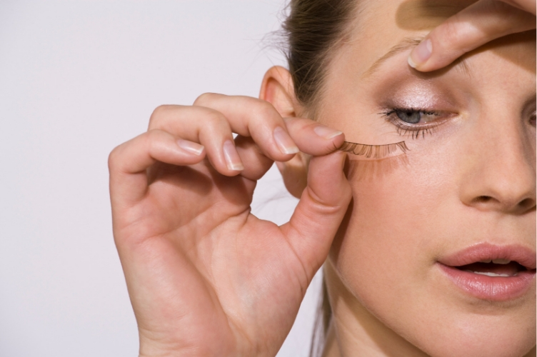 Ultimate Guide to False Eyelashes